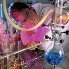 Técnico em meio de Analise Química